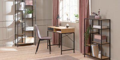 Ufficio a casa con la scrivania Trappedal di JYSK