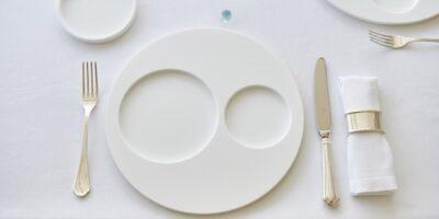 Nuove collezioni di arredi da tavola Infinito Design realizzati in KRION®